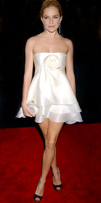 Sienna Miller in Marchesa