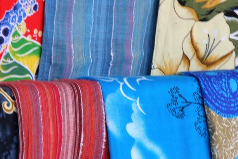 The colourful shawls of the Masai
