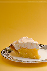 Lemon Meringue Pie (HelenPalsson) Tags: food pie lemon meringue lemonmeringuepie abigfave 20070706