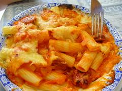 Macaroni with sausage - Macarrones con chorizo