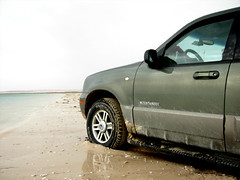 Run Away (aZ-Saudi) Tags: blue sea sky car sand horizon away run arabic saudi arabia ksa arabin arabs