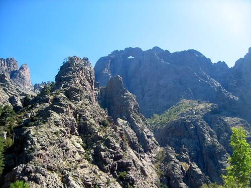 La face W du Tafonatu depuis le col 1150m
