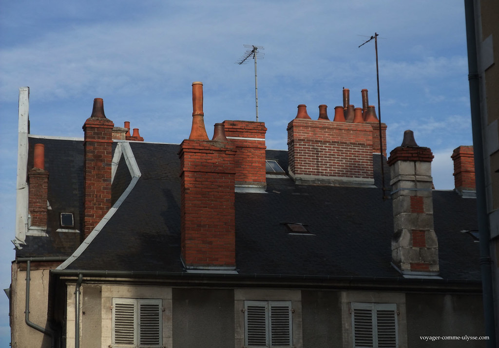 Cheminées des toits de Bourges
