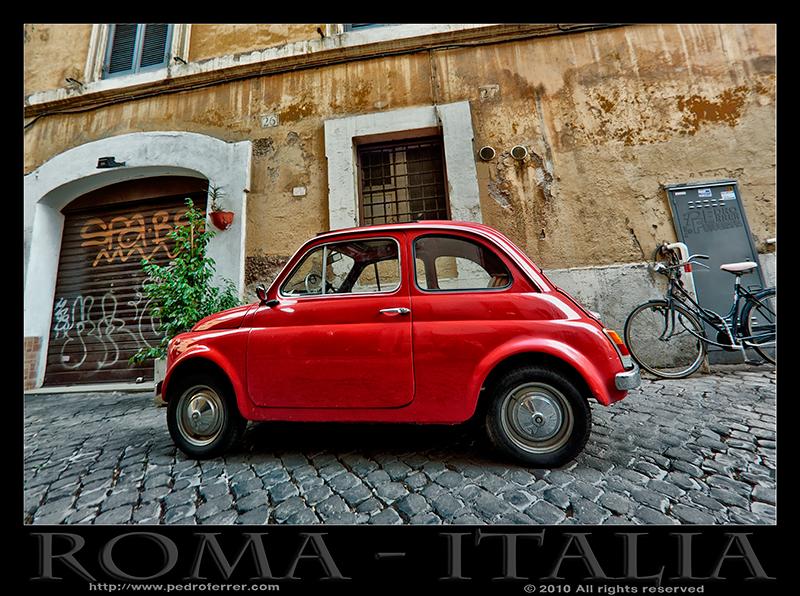 Roma - Trastevere - Fiat nuova 500