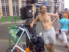 20070609712 (yuwenyang) Tags: paris 2007 wnbr