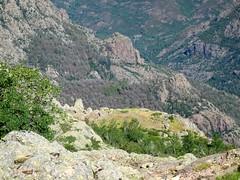 Dans la traversée du versant Scaffone : les bergeries de Scaffone