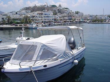 Naxos港口太小,居民憂心觀光無法如鄰近的其他島發展起來。