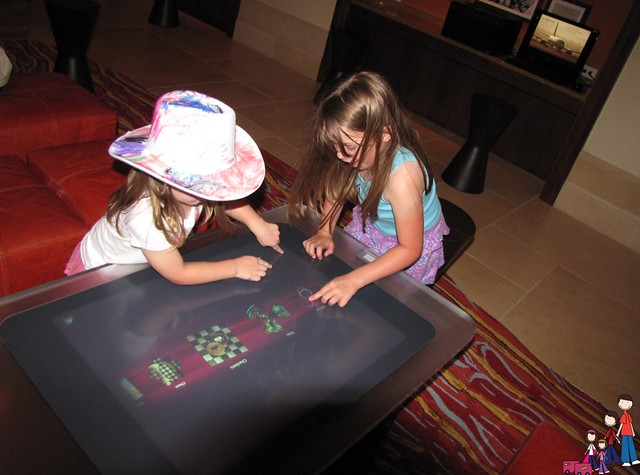Touchscreen game tables