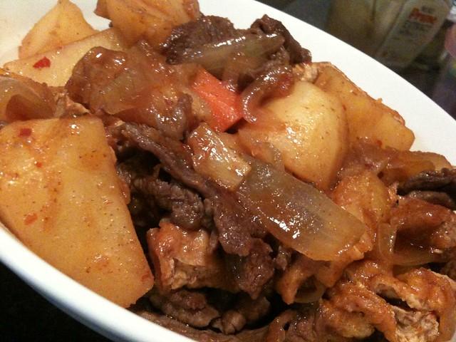 韓国風肉じゃがをイタダキマシタ。うまかったわ、これ! #jisui