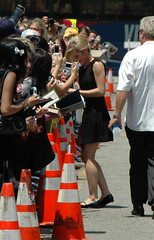 Emma Watson signing (Sergey Galyonkin) Tags: movie stars potter harrypotter ron emmawatson radcliffe hermione grainger danielradcliffe rupertgrint