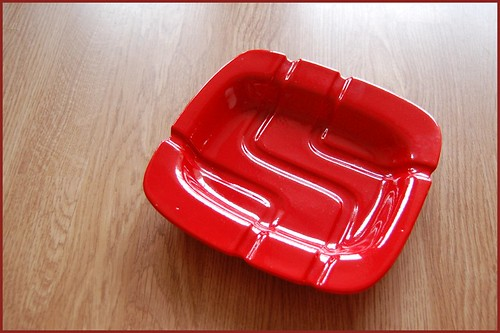 70s red ashtray