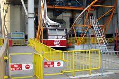 NYC - Roosevelt Island - Roosevelt Island Tramway (wallyg) Tags: nyc newyorkcity ny newyork manhattan tram cablecar gothamist tramway rooseveltisland rooseveltislandtram blackwellsisland rioc rooseveltislandtramway welfareisland