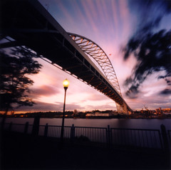 Fremont Bridge, 20 seconds (Zeb Andrews) Tags: urban usa oregon square portland cityscapes bridges sunsets pinhole pacificnorthwest pdx zero2000 fremontbridge zeroimage palabra bluemooncamera zebandrews zebandrewsphotography