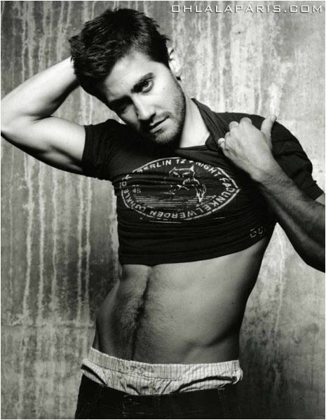 large_jake_gyllenhaal_abs_02