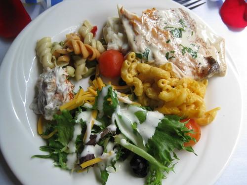 Yummy Lunch Cruise Food!