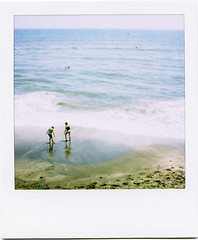 pacific (masaaki miyara) Tags: sea japan polaroid sx70 design photo graphic pacific shore kanagawa    shonan surfin landcamera    argylestreettearoom masaakimiyara