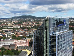 Oslo View with Plaza Hotel (trondjs) Tags: plaza city windows glass oslo norway canon hotel cityscape cities plazahotel hotels birdseyeview osloplaza s3is trondjs radissonsashotelplaza