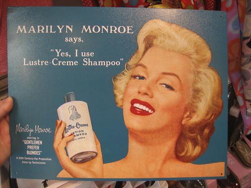 Marilyn Monroe endorsing Shampoo