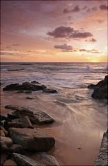 Sun, Sun, Sun, Here It Comes (l plater) Tags: seascape clouds sunrise landscape dawn rocks waves horizon sydney australia northernbeaches potofgold oceanshore almostanything turimettabeach flickrelite excapture astoundingimage lplater unlimitedphotos beautyunnotice