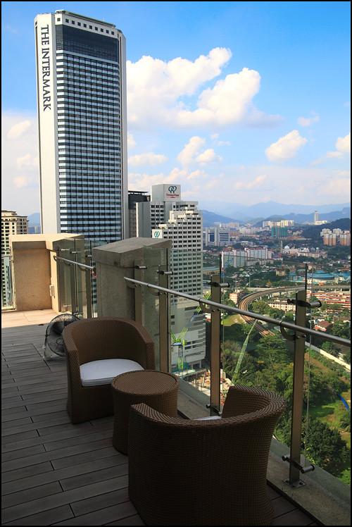 GTower Hotel-bar-view