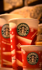 {174/365} (MrsNodders) Tags: coffee 50mm holidays starbucks redcups project365