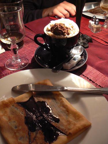 crêpe et café viennois.jpg