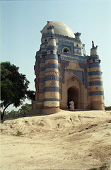 Shrine of Bibi Jawindi, Uch Sharif, Pakistan (Rowan Castle) Tags: old pakistan building castle art monument architecture sharif shrine asia islam tomb 1996 ruin punjab bibi rowan sufi sufism islamic ruined uch nikonem highquality jawindi jalalspagespakistan