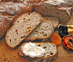 Coarse Rye Bread with Dried Fruit