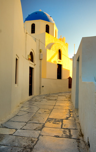 Santorini Brick Road