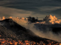 Cerro El cable (DavidPLP) Tags: colombia bogot cerro incendio hdr forestal 7xp elcable