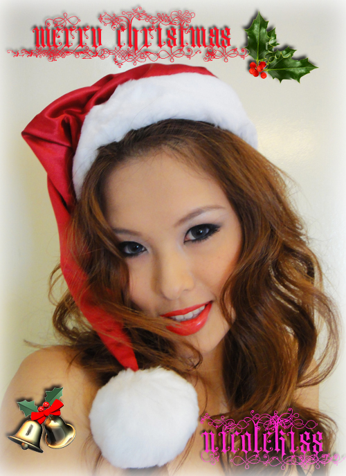 santan nicolekiss red lips