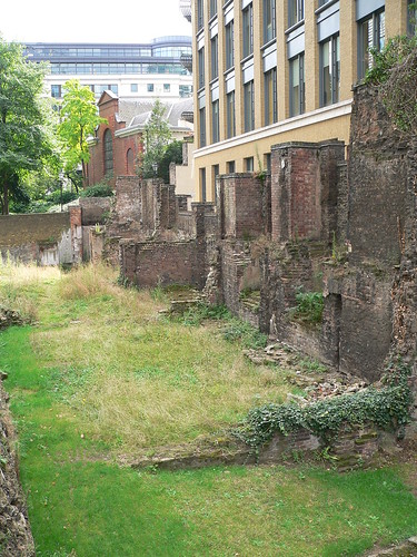 46. Bits of London wall