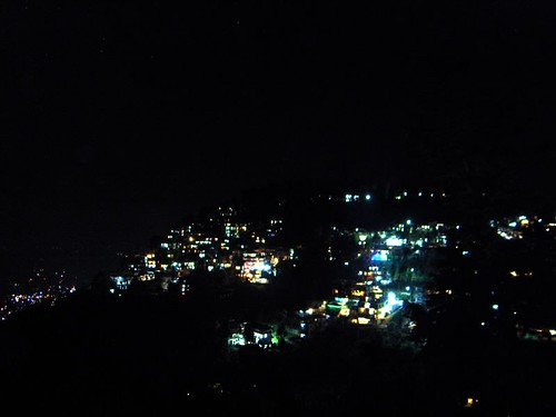 mcleod ganj by night