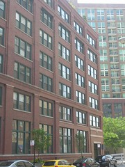 What $2,400 will rent in River North