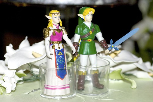 Link and Zelda cake toppers