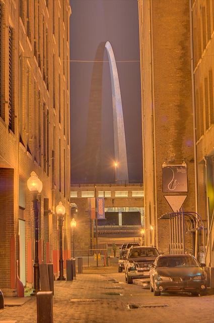 View of Gateway Arch from Laclede's Landing - original color