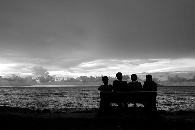 Duduk Bersama