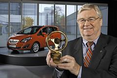 Goldenes Lenkrad für den Opel Meriva