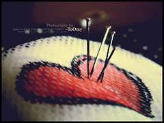 {● شوف طعناتك وسط قلبي كثار استباحت حرمته واصبح ذليل ..♥, (Toomy☺) Tags: red hurt heart alm galb toomy jr7 m63oon