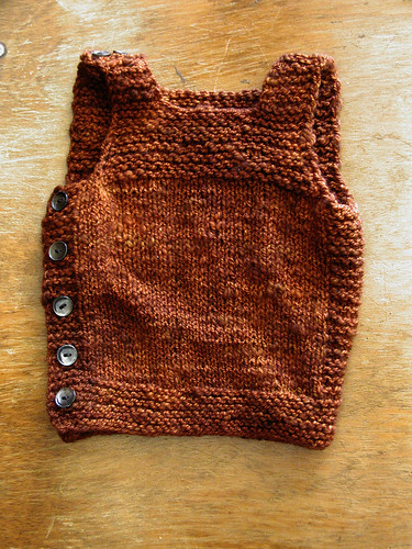 Free Knitting Pattern Baby Vest : FREE PATTERN: Pebble (Henry s Cobblestone-inspired Manly Baby Vest)   The Thr...