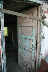 Aqua-Pink Door (Xcyclone) Tags: 141