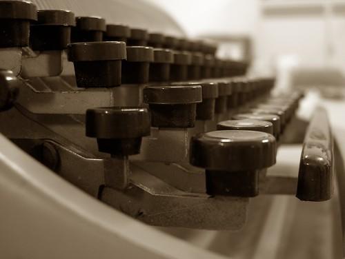 Olivetti studio 44