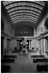 Union Station (Ruff Made Art) Tags: urban bw usa chicago architecture digital nikon chitown secondcity cs4 d80 nikond80 bigshoulders nd80f