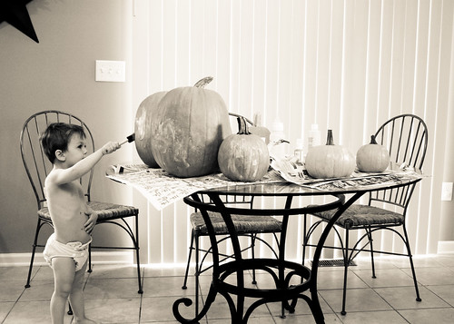 painting pumpkins-3