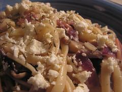 Linguine with Mushrooms, Bacon & Feta