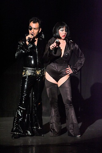 creative commons hi-res photo of the day:  El Vez and Miss Astrid (852 x 1280)