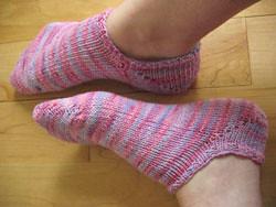 Ravelry: Alisons Ankle Socks pattern by Alison Hansel