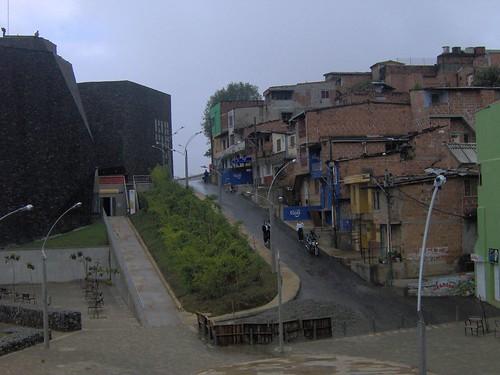 Parque Biblioteca España en Santo Domingo Savio, Medellín