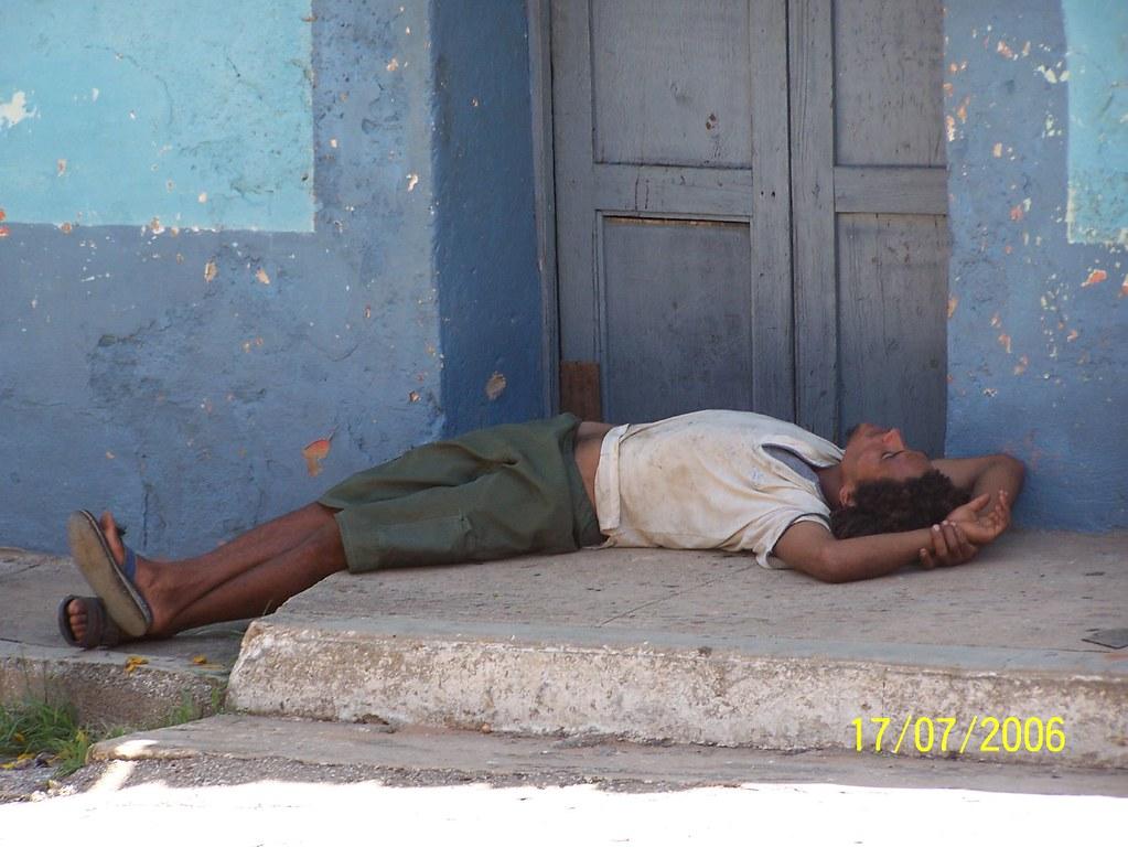 Cuba: fotos del acontecer diario 1260087867_a20b0e0b12_b