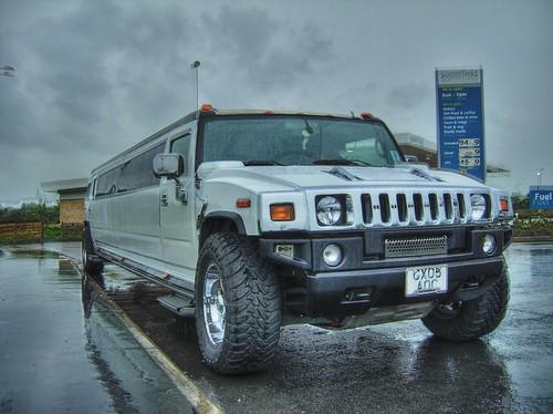 Hummer-H2-limousine-wallpaper